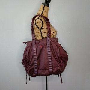 Nike Purple Shoulder / Duffle Bag Weekender Travel
